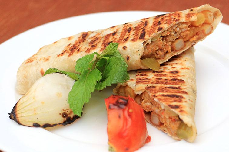 Bayti Restaurant